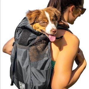 Dog carrier backpack size medium *NWT*